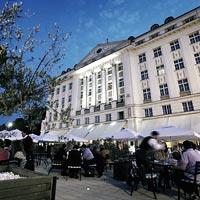Hotel Eslanade