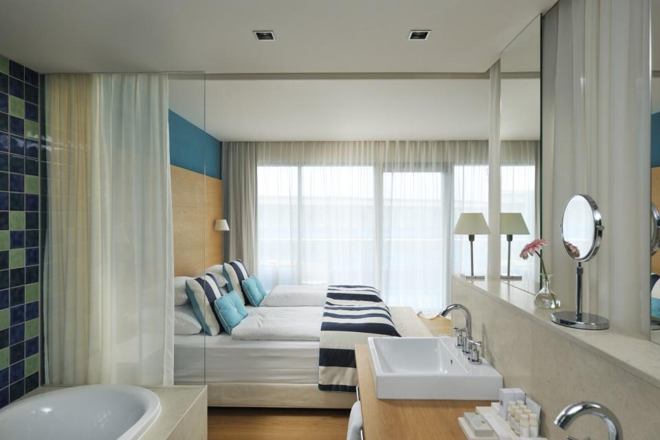 Falkensteiner hotel spa iadera zadar croatia carnet for Hotel design zadar